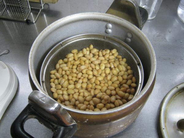 大豆(蒸した後)